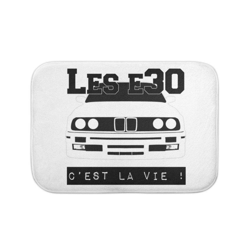 Les E30 c'est la vie Home Bath Mat by 100% Pilote