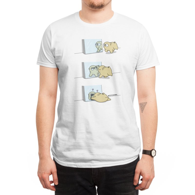 Mochi the pug looking himself in the mirror Men's T-Shirt by 157ofgemma