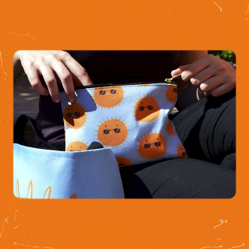 Holidays mode in Zip Pouch by Tina Tamay