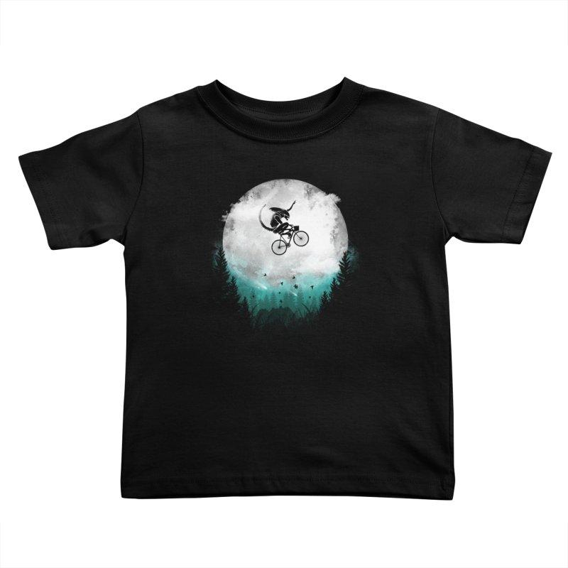 E.T. Extra Twist Kids Toddler T-Shirt by AGIMATNIINGKONG's Artist Shop
