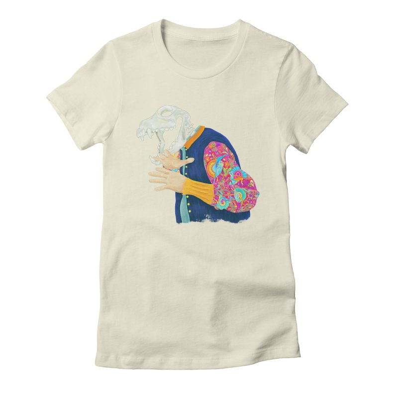 Amate skull Women's Fitted T-Shirt by Chiclobite!