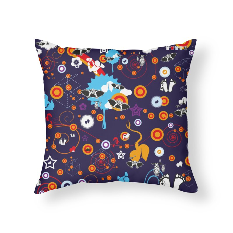 Giargiantolerie Home Throw Pillow by Lospaccio Conamole