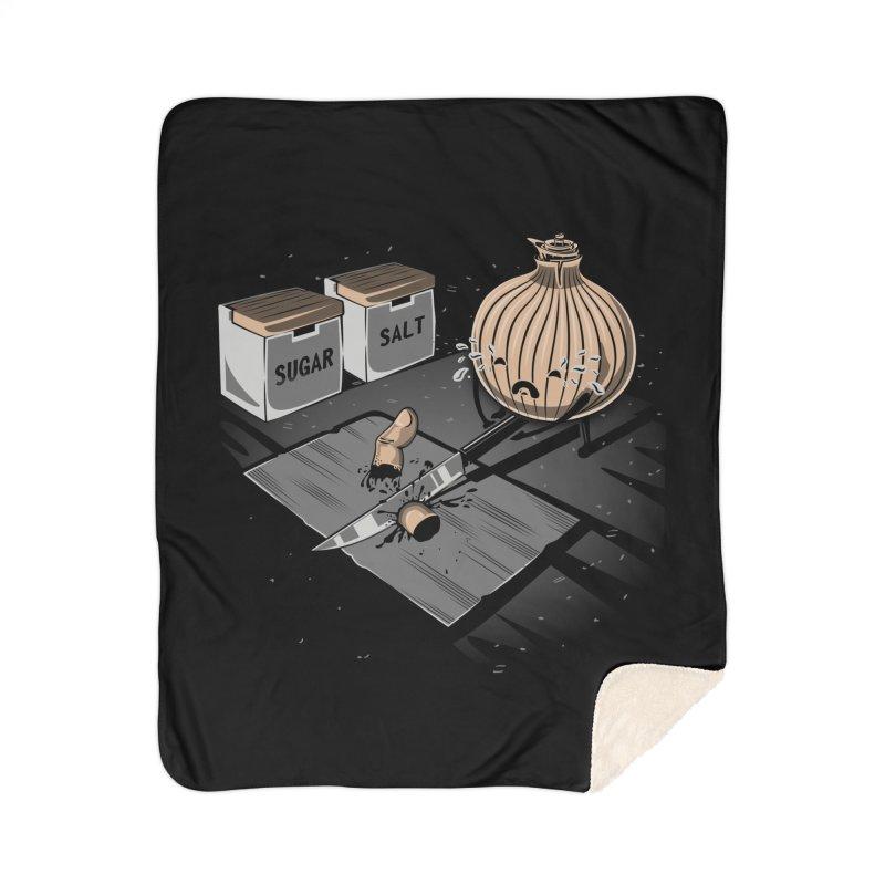 Onion´s Revenge Home Sherpa Blanket Blanket by Arashi-Yuka