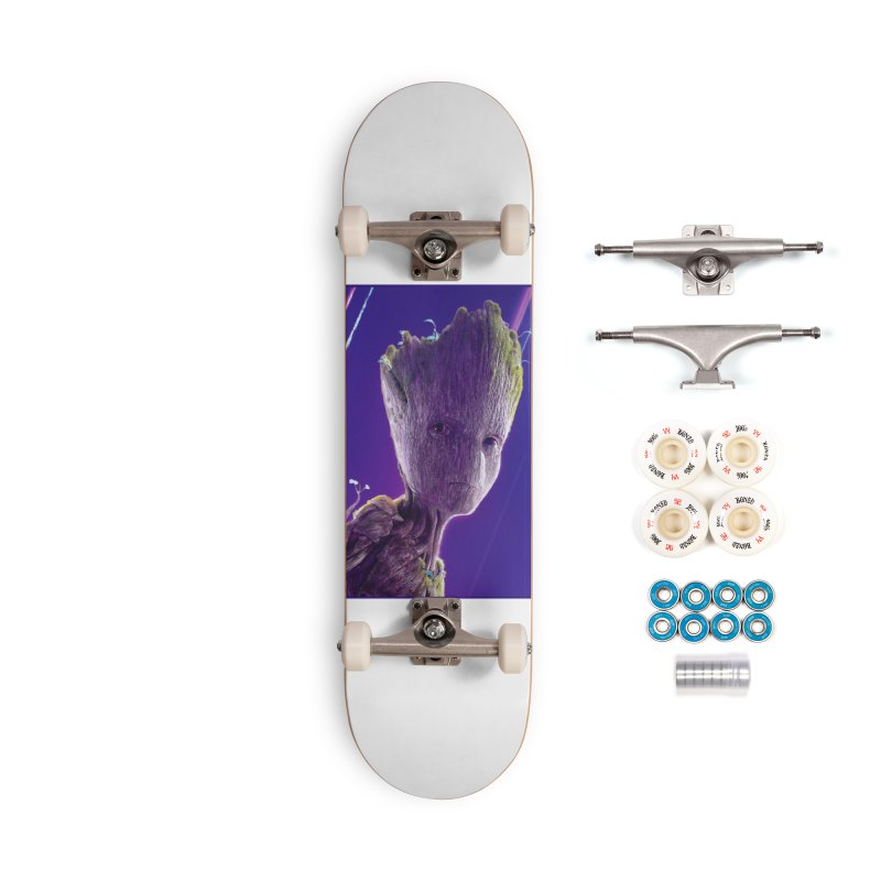 Groot (Teen) Accessories Complete - Premium Skateboard by Evolution Comics INC