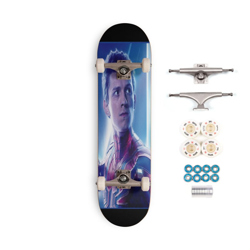 Spider-Man (Peter Parker) Accessories Complete - Premium Skateboard by Evolution Comics INC