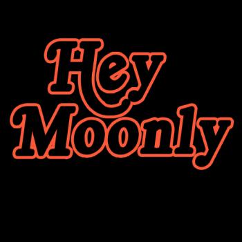HeyMoonly's Artist Shop Logo