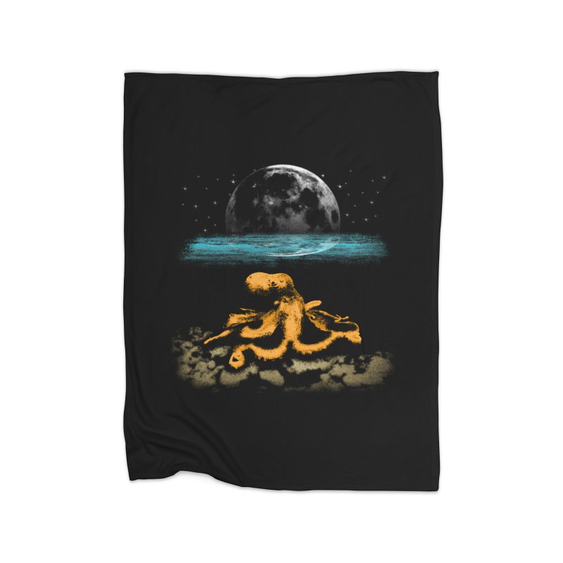The Octopus Home Blanket by Kamonkey's Artist Shop
