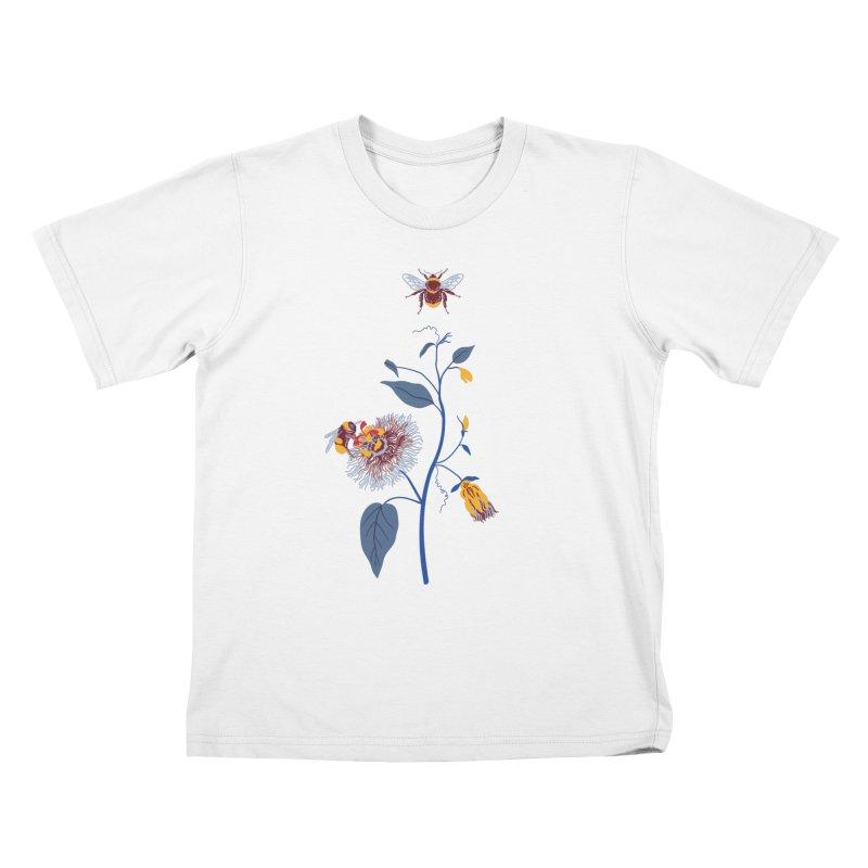 Spring Blast 3 Kids T-Shirt by Karina Zlott
