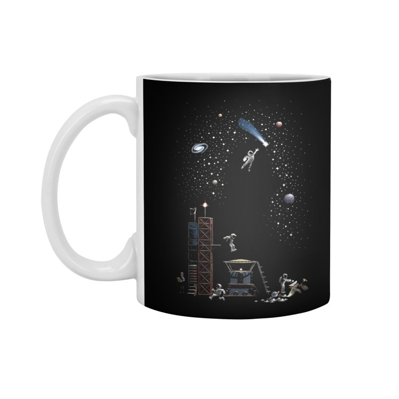 Astronot Accessories Mug by Made With Awesome