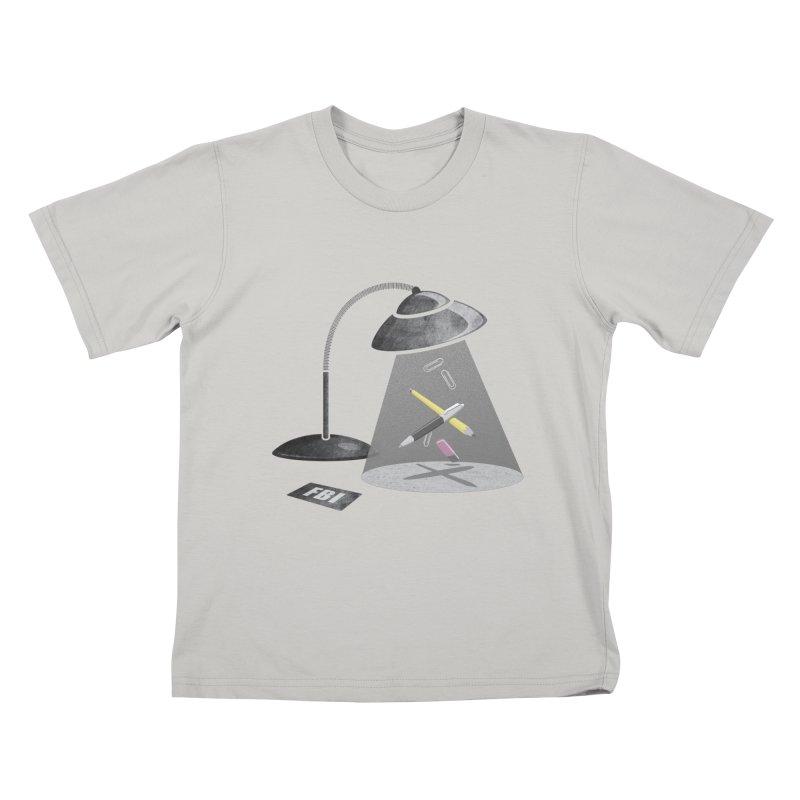 Desktop Abduction Kids T-shirt by Rocket Artist Shop