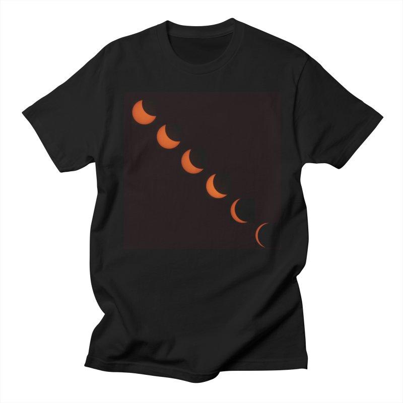 Eclipse 2017 Men's T-shirt by Soulstone's Artist Shop