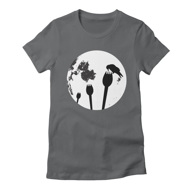 Raven in a spork grave yard and full moon. Women's Fitted T-Shirt by Make a statement, laugh, enjoy.