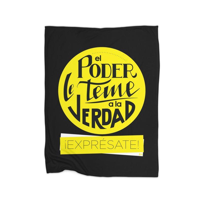 El poder le teme a la verdad - Fondo oscuro - Venezuela Home Blanket by Andrea Garrido V - Shop