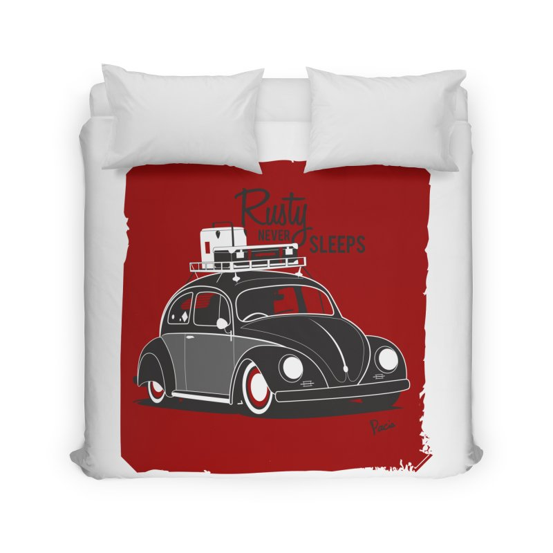 Rusty never sleeps Home Duvet by Andrea Pacini