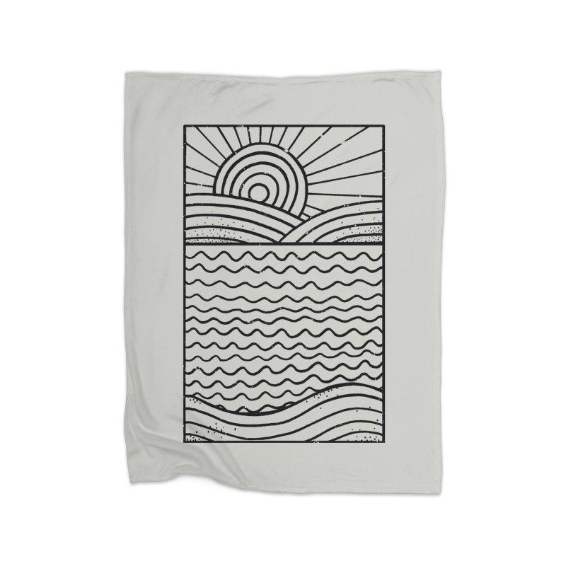 LANDL/NES in Fleece Blanket Blanket by DYLAN'S SHOP