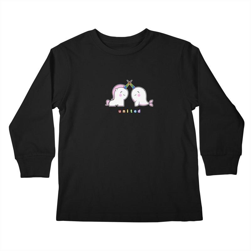 UNITED Kids Longsleeve T-Shirt by an idle robot