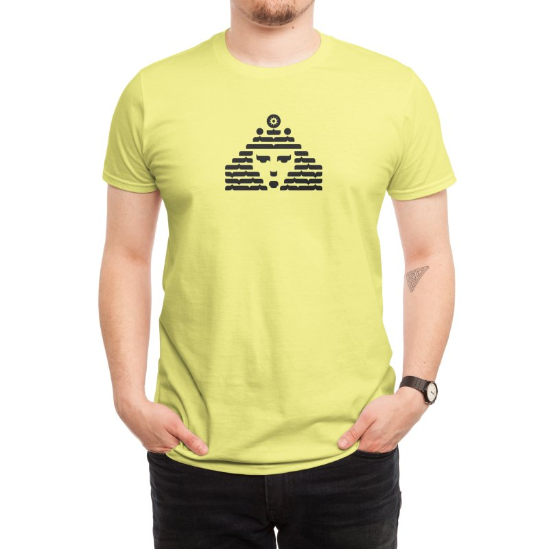 Queen Men's T-Shirt by Arto Jegas Store