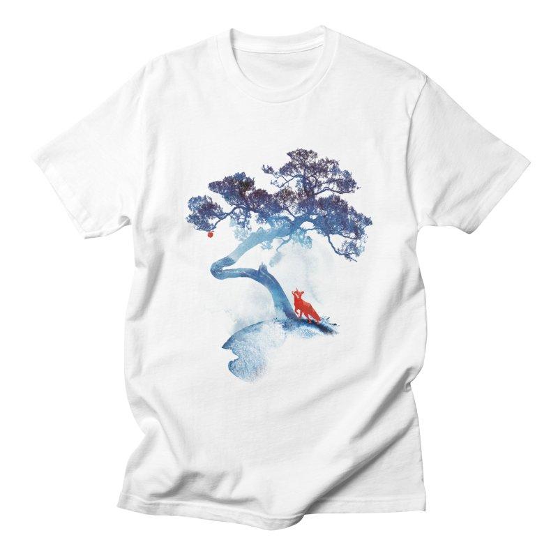 The last apple tree Men's T-shirt by Astronaut's Artist Shop