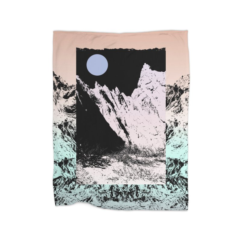 Not every circle is a planet. Home Blanket by BANANODROMO