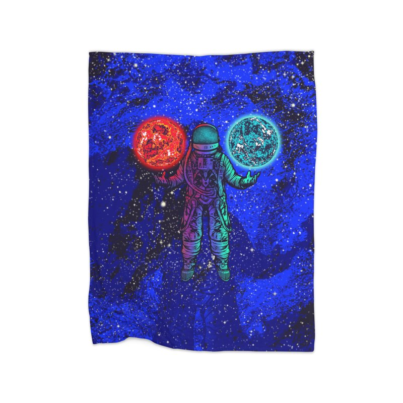 king of planets Home Blanket by barmalisiRTB