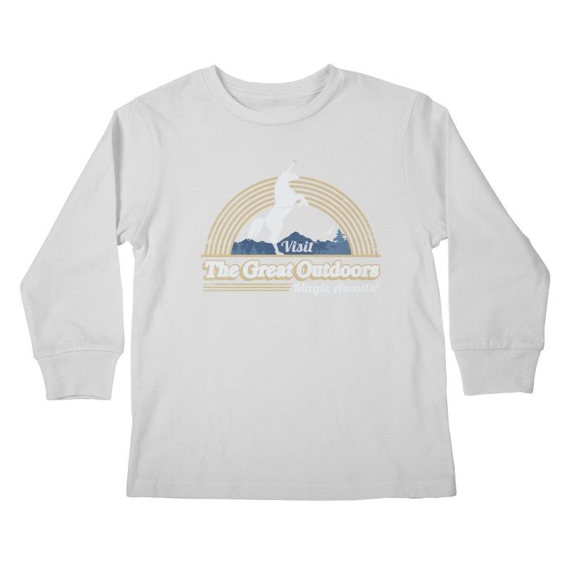 MAGIC AWAITS! Kids Longsleeve T-Shirt by Beanepod