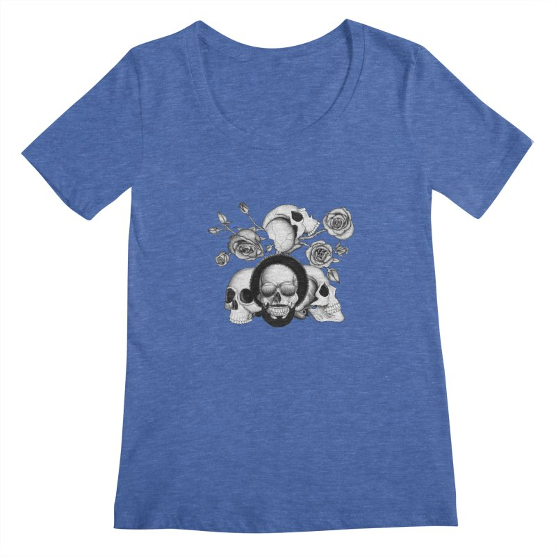 Grunge skulls and roses (afro skull included. Black and white version) Women's Scoopneck by Beatrizxe