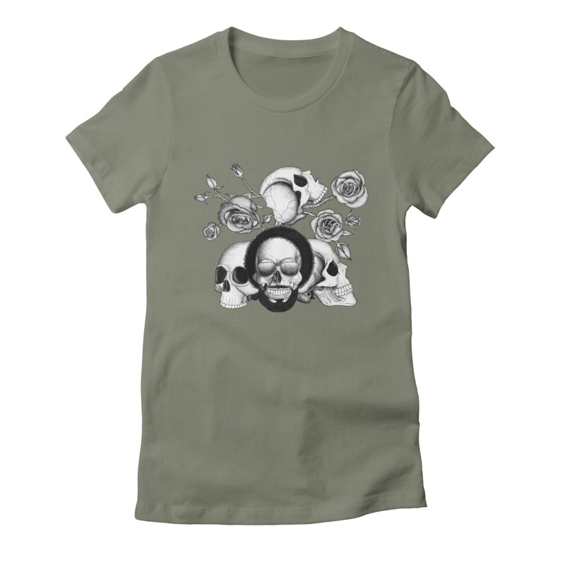 Grunge skulls and roses (afro skull included. Black and white version) Women's Fitted T-Shirt by Beatrizxe