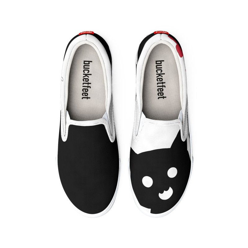Cat Love With Hearts (Small) Women's Shoes by Designs by Billy Wan