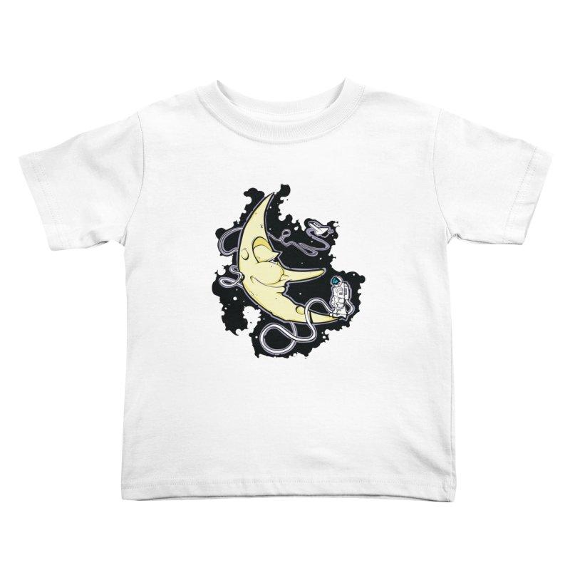 Fly me to tee moon Kids Toddler T-Shirt by bluesdog's Shop