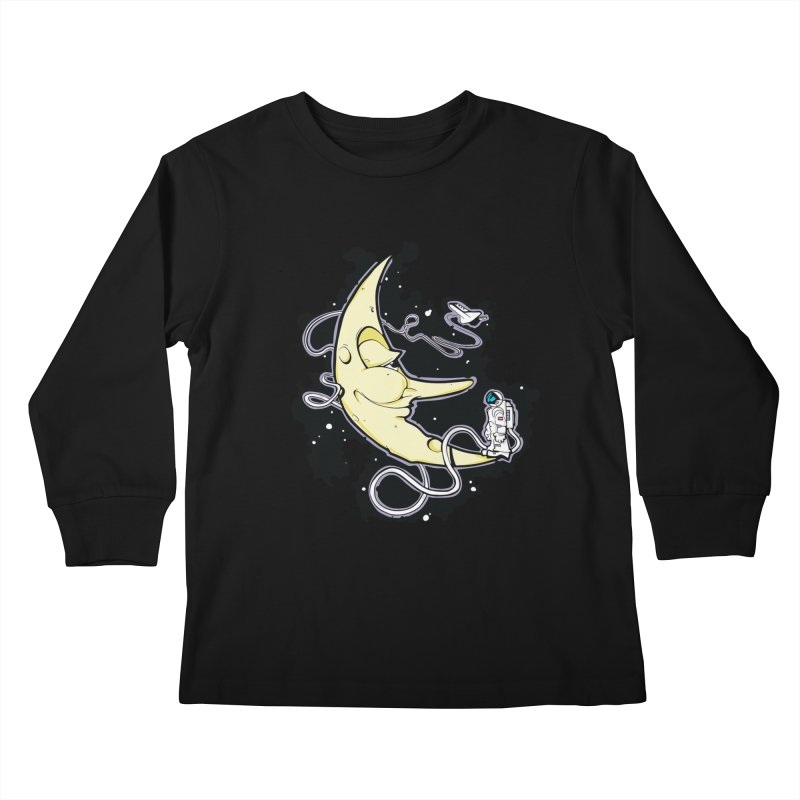 Fly me to tee moon Kids Longsleeve T-Shirt by bluesdog's Shop