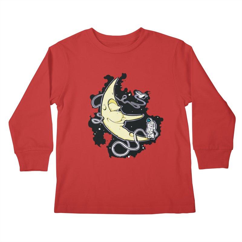 Fly me to tee moon Kids Longsleeve T-Shirt by bluesdog's Shop
