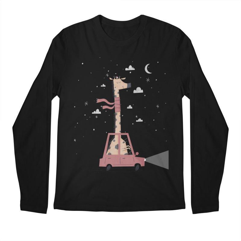 Giraffing Home for Christmas Men's Longsleeve T-Shirt by boney's Artist Shop