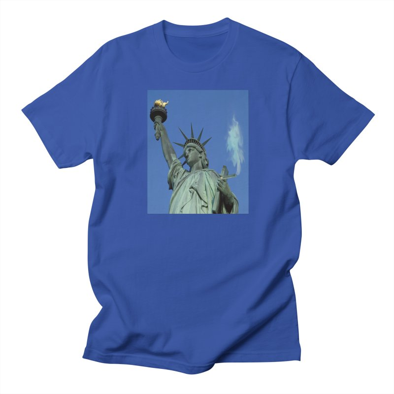 Holy Smokes! Statue of Liberty and cigar Men's T-Shirt by BullShirtCo