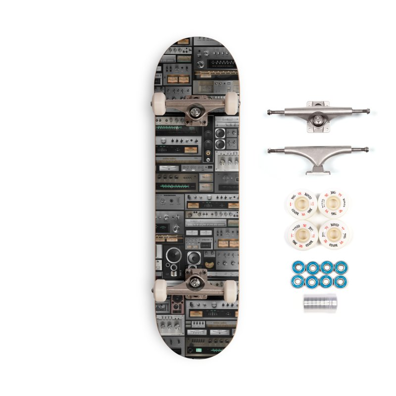 Hifidelity Accessories Complete - Premium Skateboard by bulo