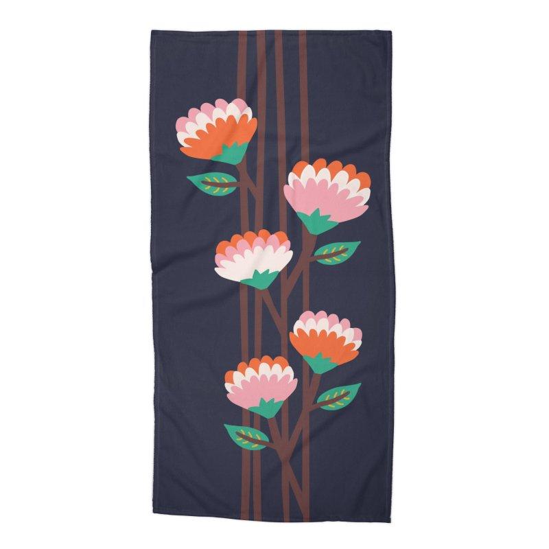 Benoít Flowers  Accessories Beach Towel by Caligráfica