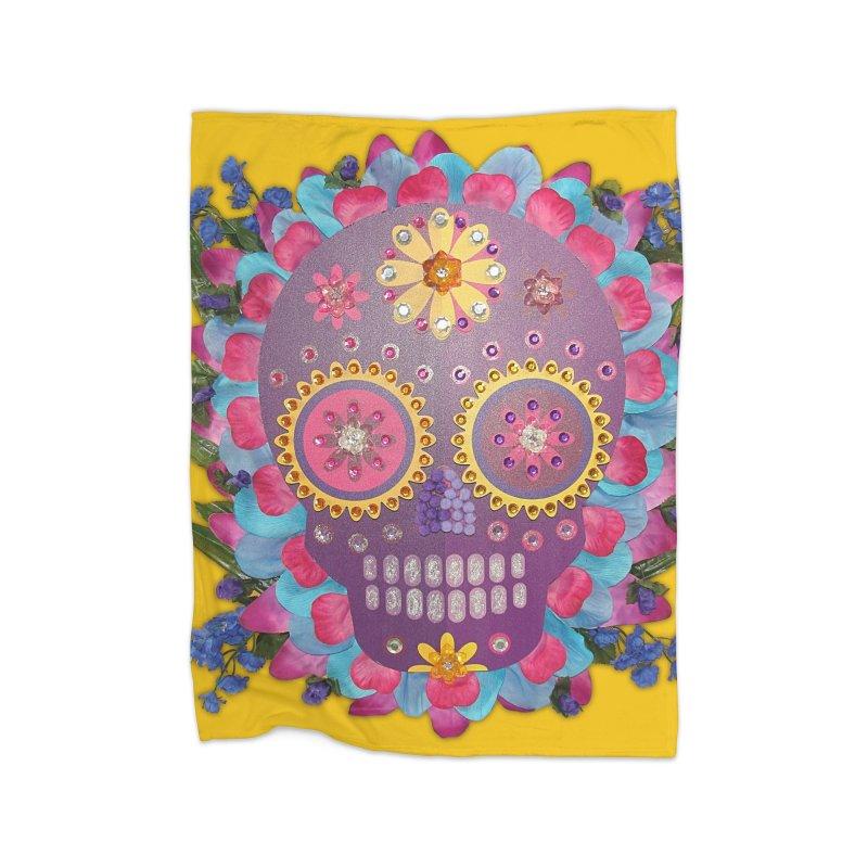 Rodeada de Flores Organicas Home Blanket by Cesar Peralta
