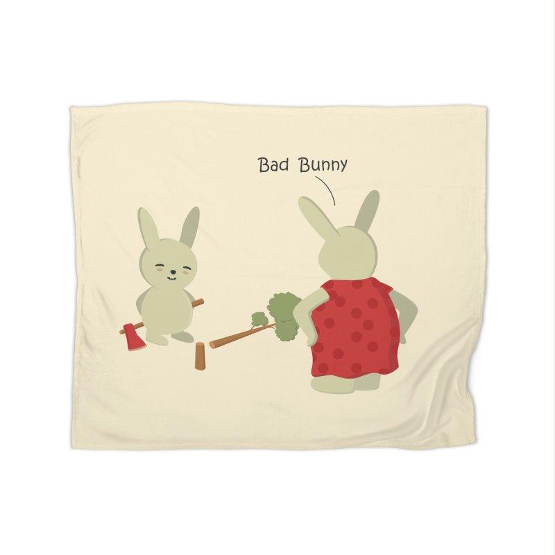 Lindo conejo travieso Home Blanket by damian's Artist Shop