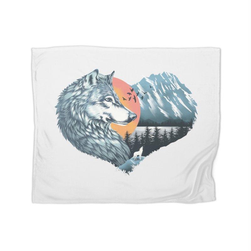 As the wild heart howls Home Blanket by dandingeroz's Artist Shop