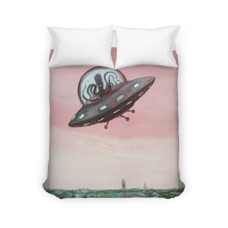 Extraterrestrial visit Home Duvet by Diego Manuel Rodriguez Artist Shop