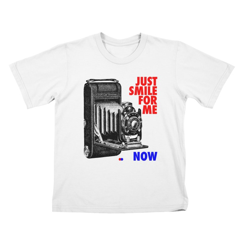 Just smile Kids T-shirt by dotdot – Quotes on shirts