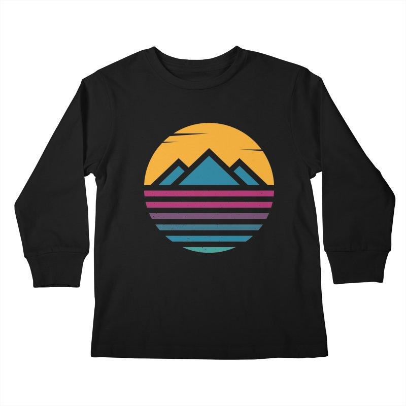 THE SILENT SUNRISE Kids Longsleeve T-Shirt by EHELPENT