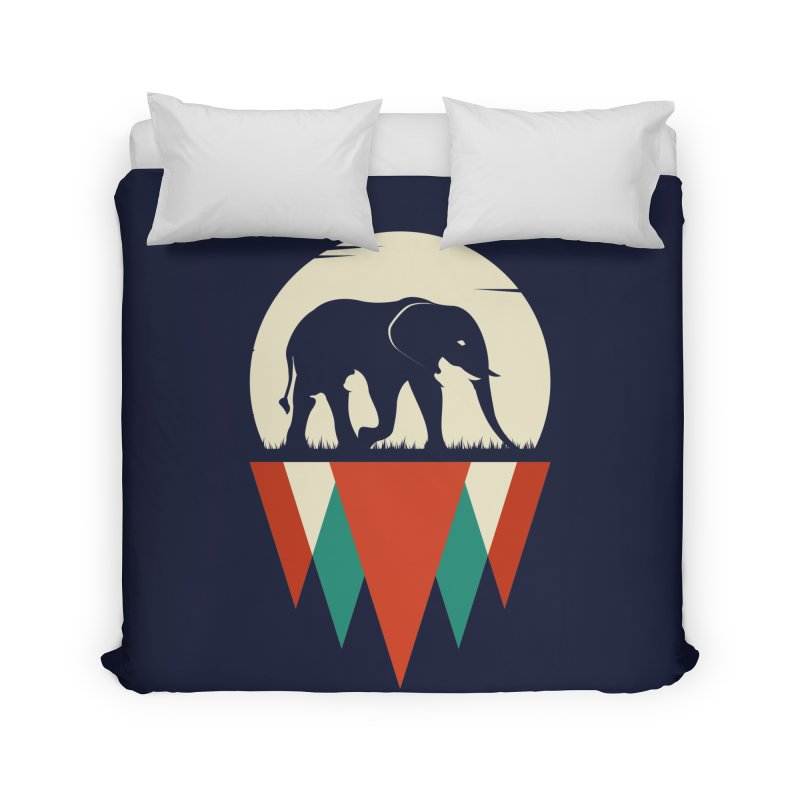 MOMENTUM - THE HIDDEN WILD SIDE Home Duvet by EHELPENT