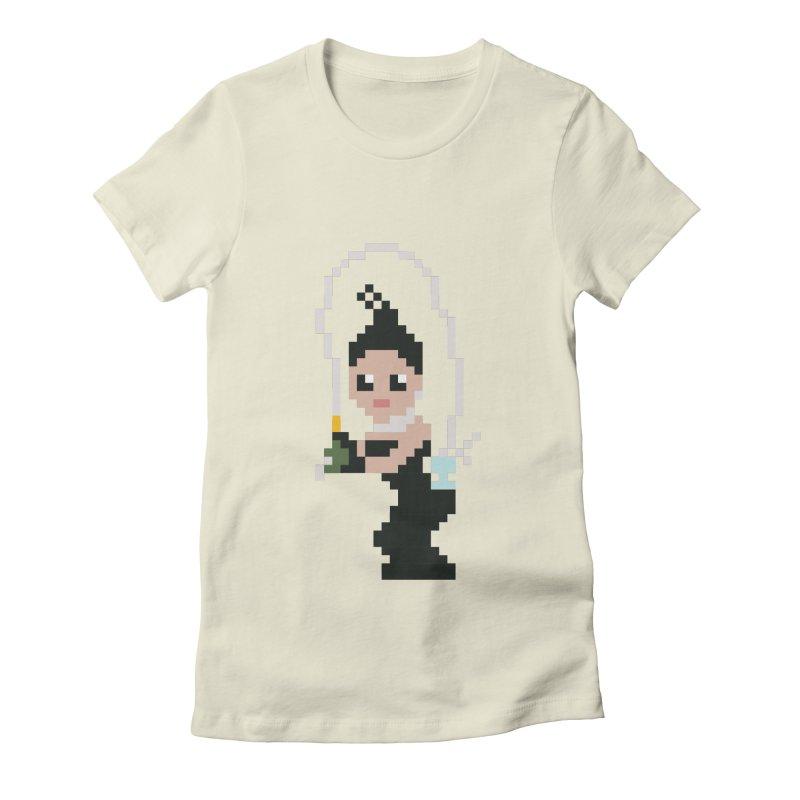 Kim K breaking the internet Women's Fitted T-Shirt by Eu era pop - 8-bit pop culture :)