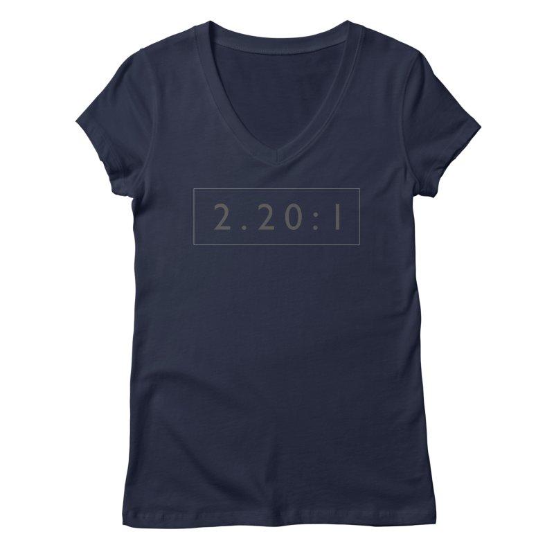 2.20:1  |  logo Women's Regular V-Neck by