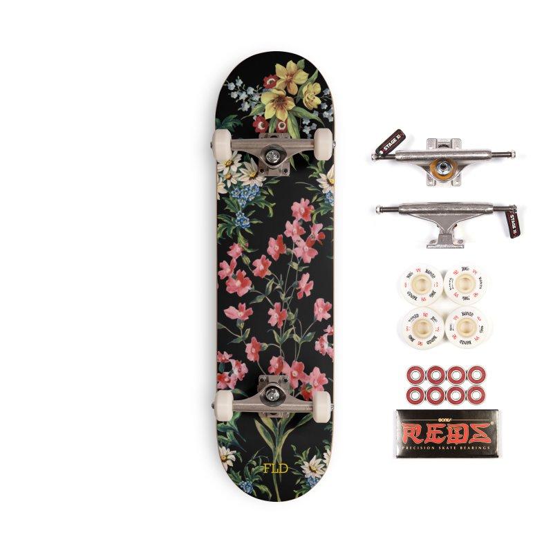 Bouquet On Black Accessories Complete - Pro Skateboard by falconlara.design shop