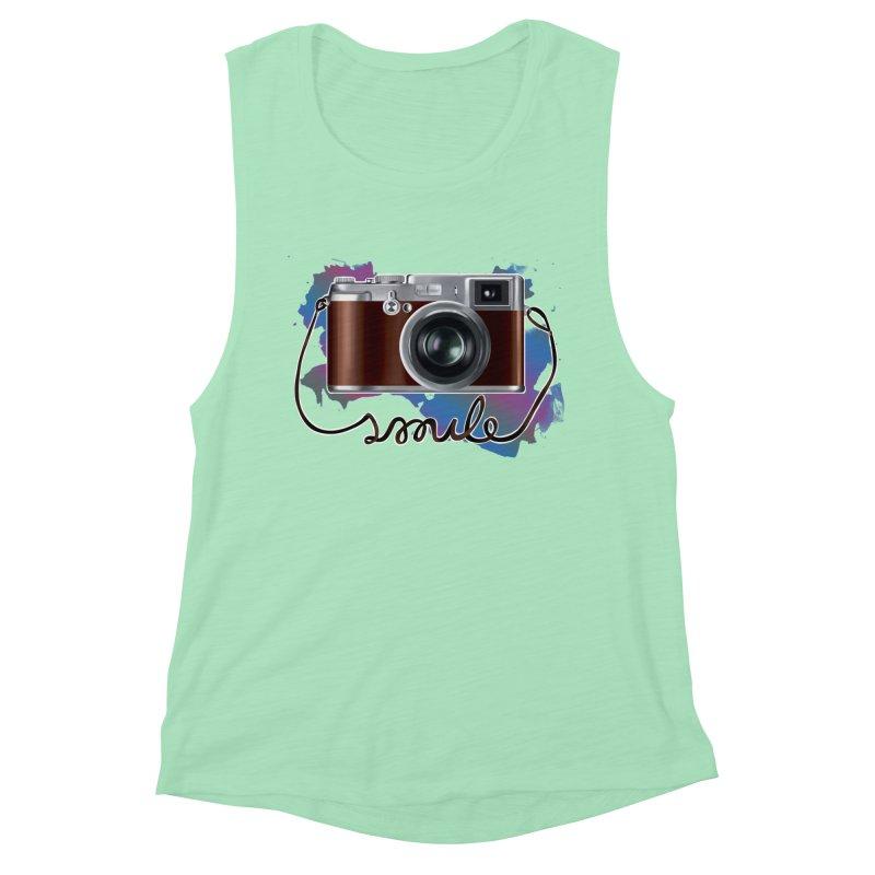 camera_smile Women's Muscle Tank by gabifaveri's Artist Shop