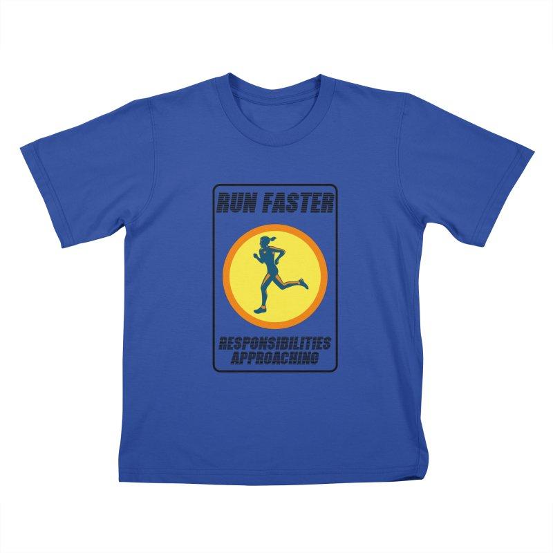 RUN FAST! Kids T-shirt by gasponce