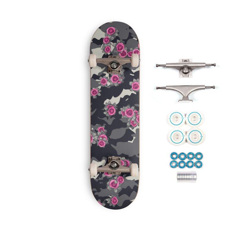 Roses Pink Camo URBAN VINTAGE Accessories Complete - Basic Skateboard by Grandio Design Artist Shop