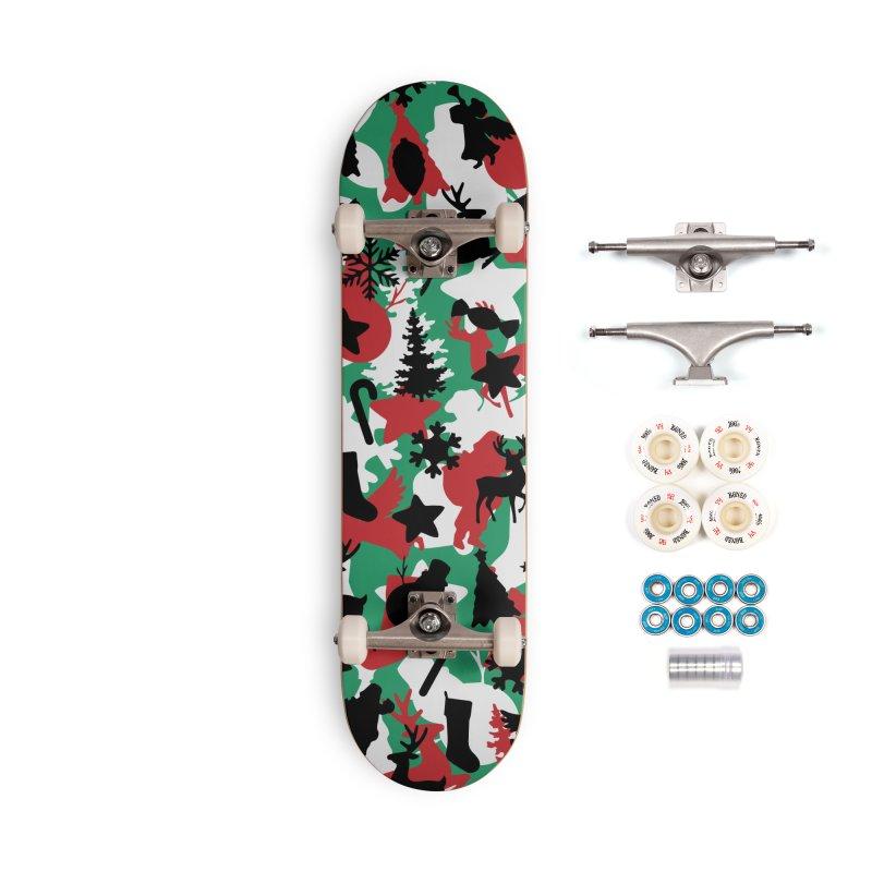 Christmas Camo WINTER WOODLAND Accessories Complete - Premium Skateboard by Grandio Design Artist Shop