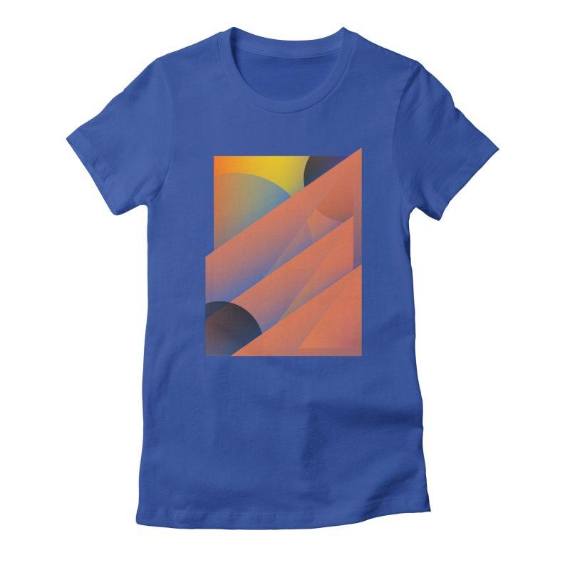Lumen Vultus Women's T-Shirt by His Artwork's Shop